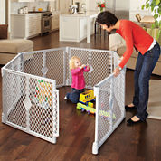 North States™ Superyard Classic Play Yard