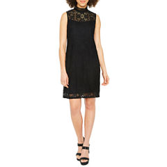 Ronni Nicole Sleeveless Lace Pattern Shift Dress