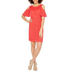 Ronni Nicole Short Sleeve Lace Shift Dress