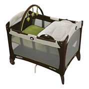Graco® Pack 'n Play® Playard w/ Reversible Napper & Changer™ - Go Green
