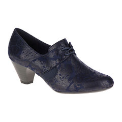Soft Style® by Hush Puppies Gretel Shootie Pumps