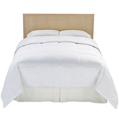 Outlast® Temperature-Regulating Comforter