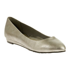 Soft Style® by Hush Puppies Darlene Leather Wedge Pumps