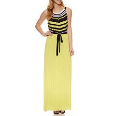 Robbie Bee Sleeveless Maxi Dress
