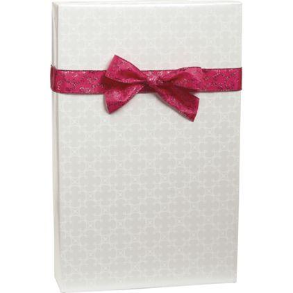 """Quatrefoil Gift Wrap, 24"""" x 100'"""