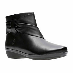 Clarks Everlay Mandy Womens Bootie