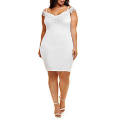 Fashion to Figure Esme Off Shoulder Crochet Trim Bodycon Dress - Plus